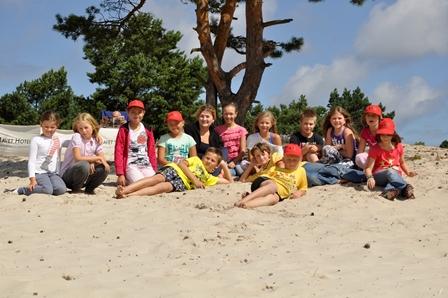 Jak szukać kolonii letnich dla dziecka?