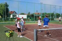kolonia tenisowa