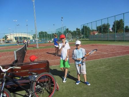 Kolonie tenisowe dla dzieci